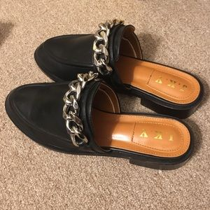 Leather Chain Mules
